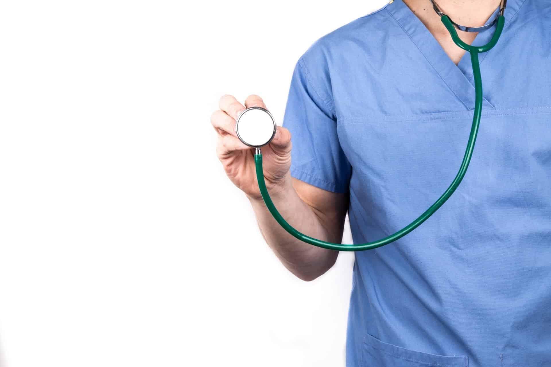 أثر التسويق الإلكتروني على المجال الطبي